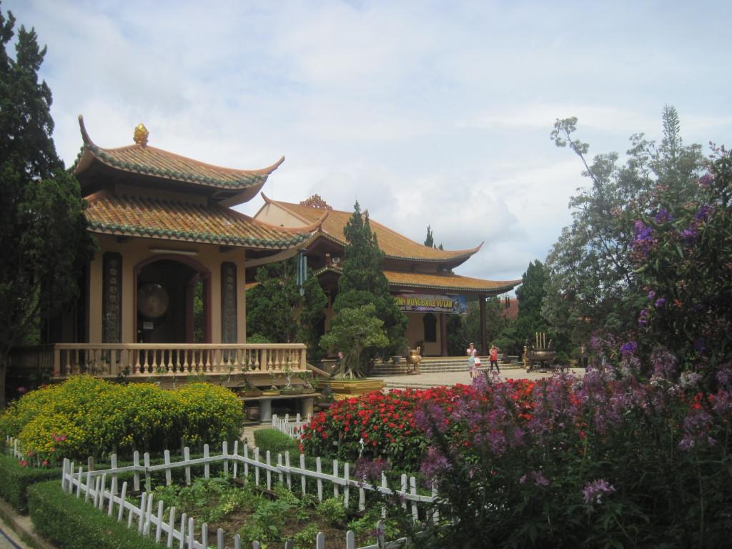 5. Монастырь Чук Лам (Тхиенвиен);