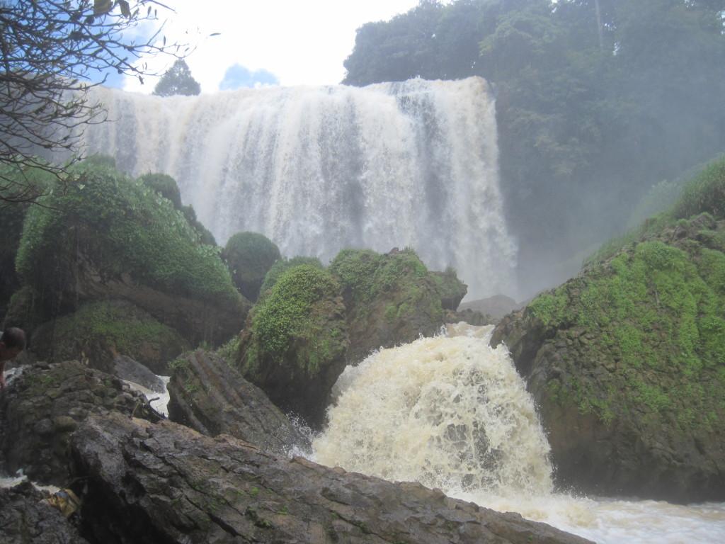 8. Водопад Слона;