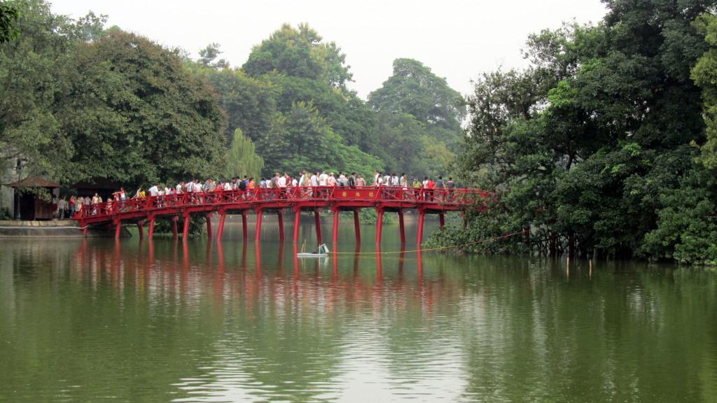 Hoan Kiem Lake 2