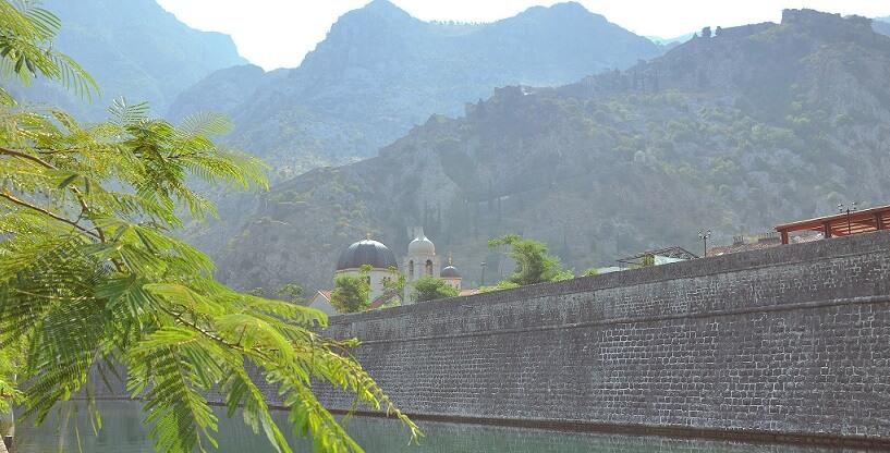 Котор крепостные стены