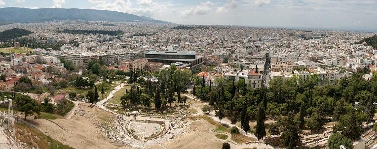 Майские праздники в Греции