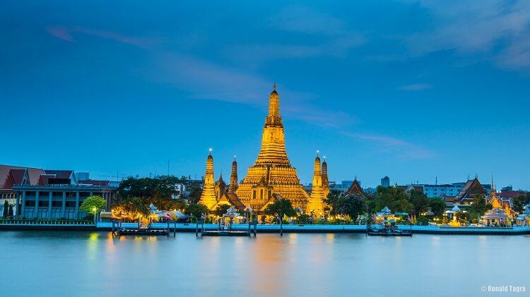 Храм Утренней Зари (Wat Arun)