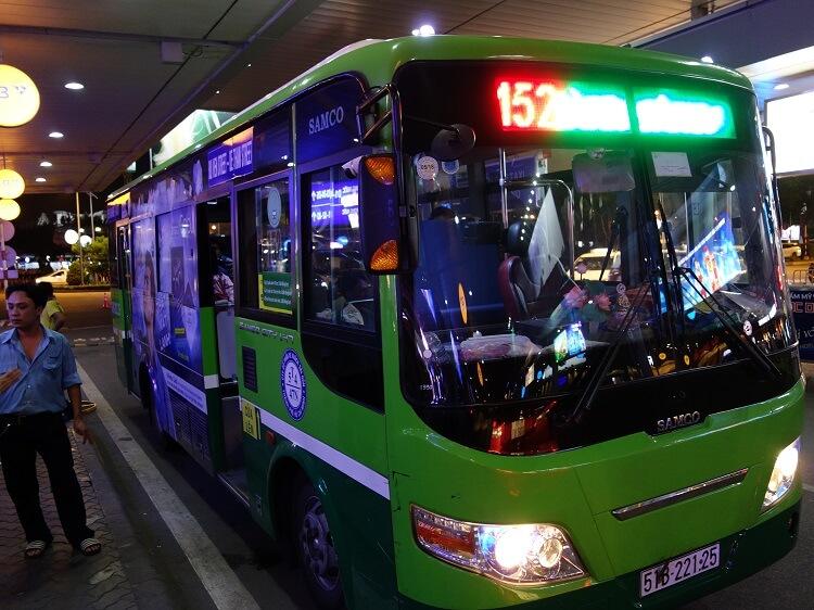 Автобус из аэропорта Хошимина до города