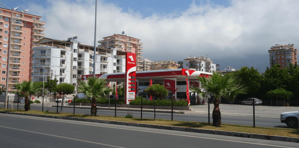 Заправка в Махмутлар, Турции