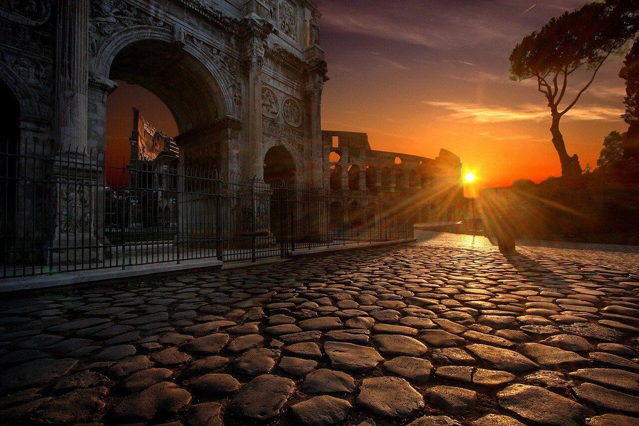 Арка Константина и Колизей (Рим, Италия)